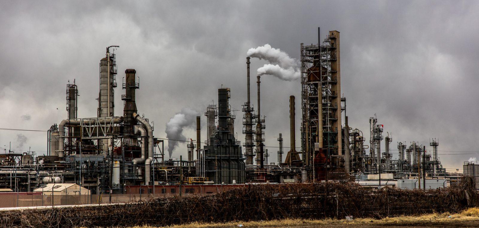 Les moyens de production exploitant les énergies fossiles sont fortement émetteurs de CO2