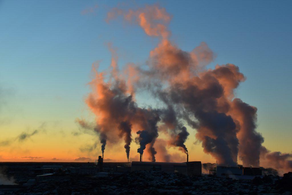 les géants de l'énergie fossile ont dépensés 1 milliard en lobbying