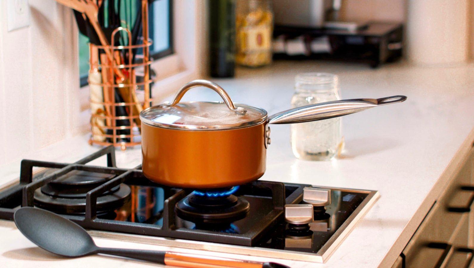 Comment cuisiner en limitant sa consommation énergétique