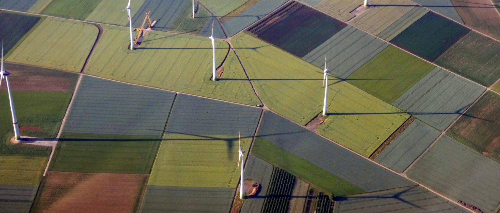 les projets de construction de moyens renouvelables ralentis par la crise du covid 19